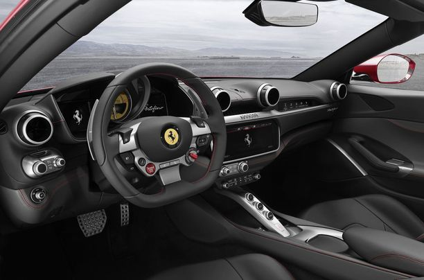 Kuljettajan näkymä on aidosti ferrarimainen.