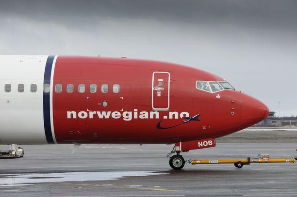 Norwegianin lento laskeutui Barcelonaan huonojen sääolosuhteiden vuoksi. Kuvituskuva.