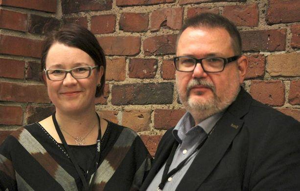 Itä-Suomen yliopiston tutkijatohtori Tiina Sotkasiira ja asiantuntija Janne Riiheläinen tutkivat Suomen venäjänkielisiä mediankäyttäjinä.