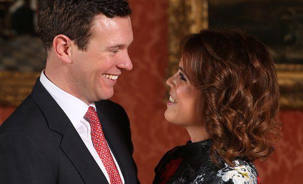 Yökerhon omistaja ja tapahtumajärjestäjä Jack Brooksbank ja prinsessa Eugenie tapasivat vuonna 2010, prinsessan ollessa vasta 19-vuotias.