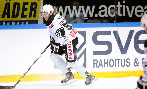 Mikko Rantanen heitti väkevän näytön pöytään NHL-kykyjenetsijöiden läsnäollessa.
