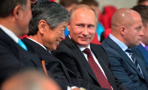 """Perinteinen propaganda kalpenee """"Kremlin työkalupakin"""" rinnalla."""