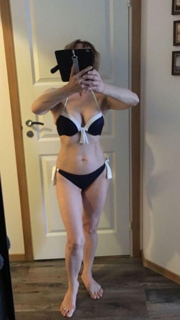 Aili Hämäläinen on 58-vuotiaana upeassa bikinikunnossa. Elämäntapamuutos teki olosta kevyemmän ja terveemmän, mutta vaikutti myös ulkonäköön.