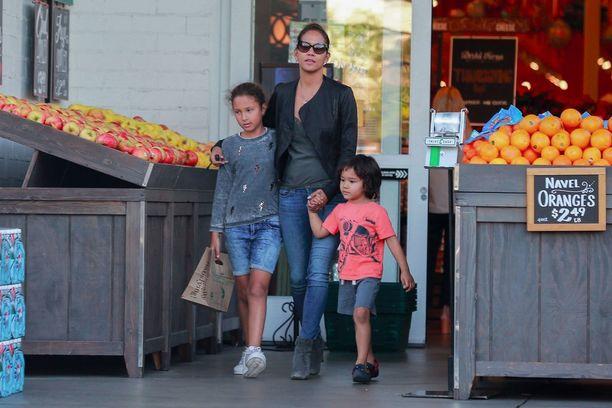 Halle Berryllä on kaksi lasta, Nahla-tytär ja Maceo-poika.