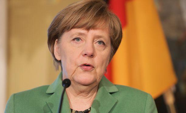 Saksan liittokansleri Angela Merkel vaatii yhdessä muiden EU-maiden johtajien kanssa Yhdysvaltain presidentti Donald Trumpin sitoutumista sääntöperusteiseen yhteistyöhön.