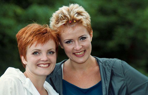 Taikapeili vuonna 1999 Raumanmeren juhannus -festareilla.