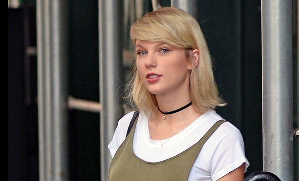 Ainakin kolme miestä on yrittänyt tunkeutua Taylor Swiftin kotiin.