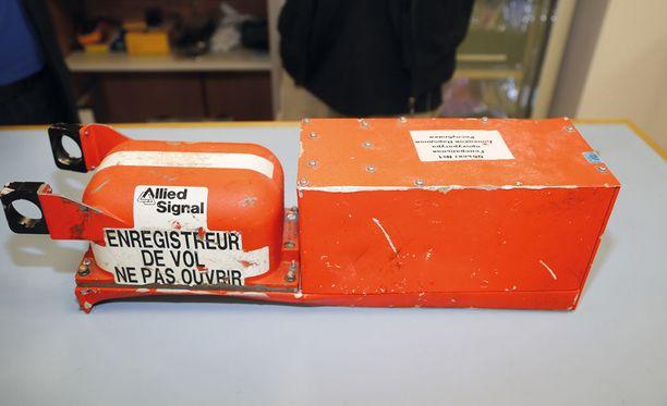 Keskusrikospoliisi antaa vielä tässä kuussa vastaukset tarkennettuihin oikeusapupyyntöihin MH17-tutkinnassa.