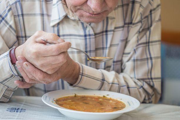 Noin 70 prosentilla Parkinsonin tautiin sairastuvista oireet alkavat toispuoleisena vapinana.
