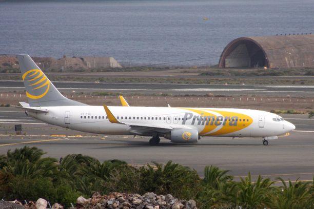 Primera Air Boeing 737-800 Gran Canarian lentoasemalla  Espanjassa.