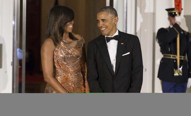 Obamat lähtevät suoratoistobisnekseen.