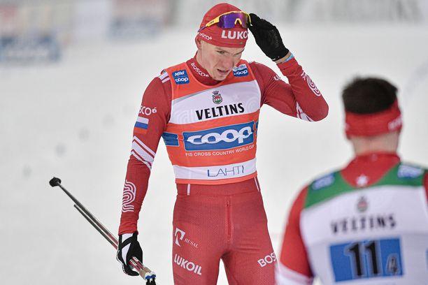Lahden kilpailuissa Aleksandr Bolshunov törttöili. Falunissa mies hiihti sisuuntuneena täpärästi voittoon.