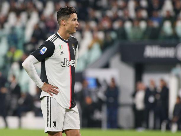 Torinolaista Juventusta edustavalla Cristiano Ronaldolla ei ole pikkurahasta puutetta. Mies tienaa pelkästään Instagramin avulla vuodessa lähes 45 miljoonaa euroa.