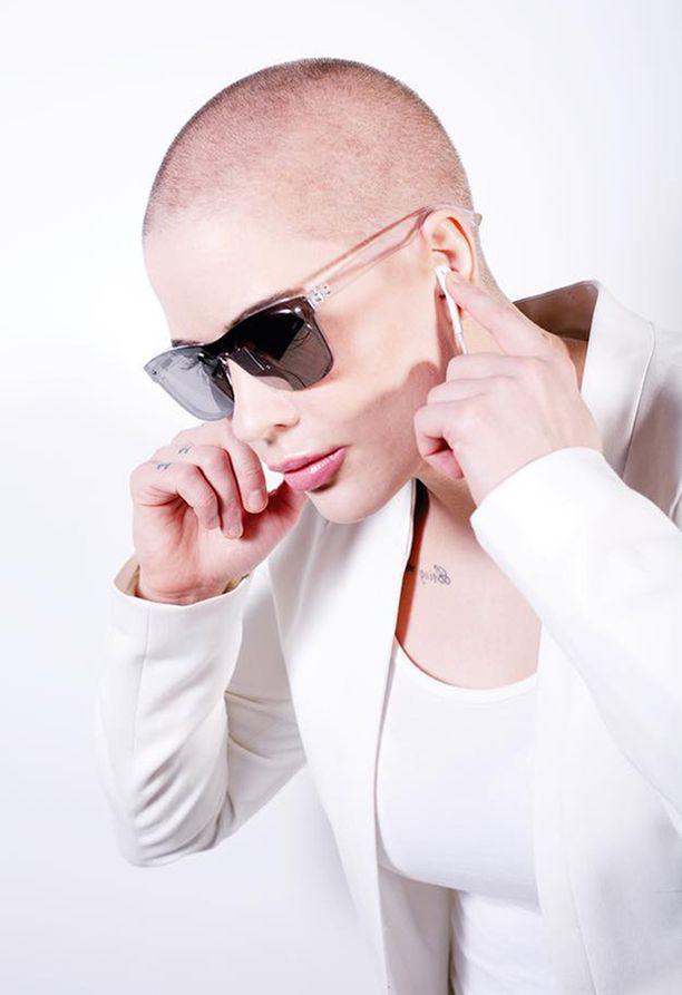Maria Monde tekee edelleen musiikkia. Sen lisäksi hän harrastaa aktiivisesti potkunyrkkeilyä.