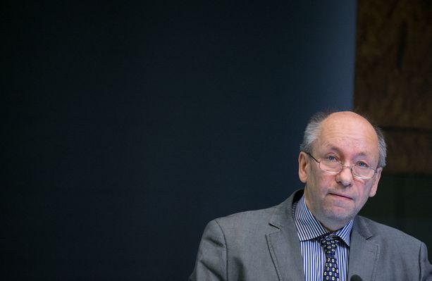 Professori Olli Tahvosen mukaan markkinoiden ei saa antaa päättää hakkuista.