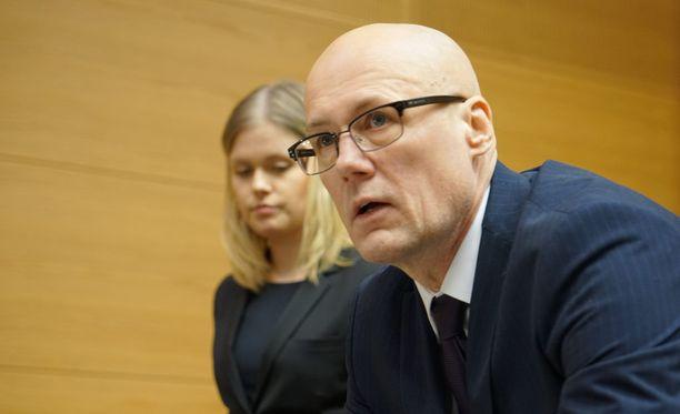 Esa Laihoa ei ennakkotiedoista poiketen kuulla keskiviikkona Helsingin käräjäoikeudessa.