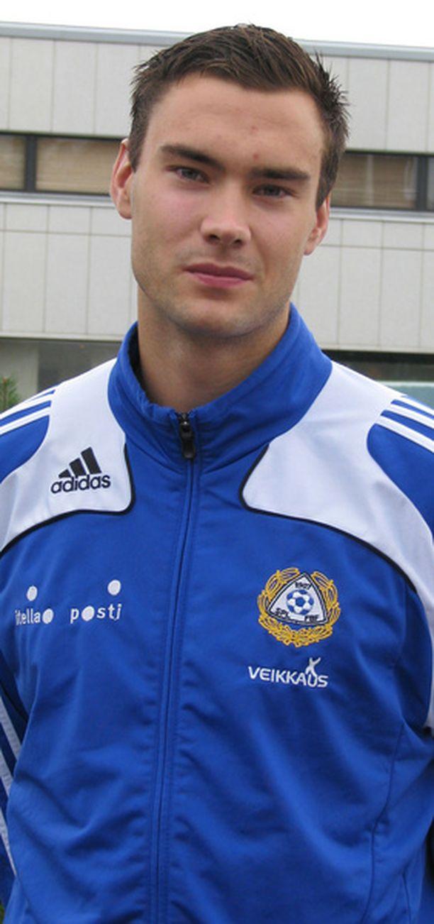 Tim Sparvin hienot otteet Pikkuhuuhkajissa ovat vakuuttaneet A-maajoukkueen päävalmentaja Stuart Baxterin.