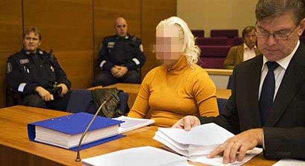 Murhasta ja murhan yrityksestä käräjäoikeudessa välituomion saanut hoitaja kirjoittanee tulevaisuudessa kirjan kokemuksistaan.