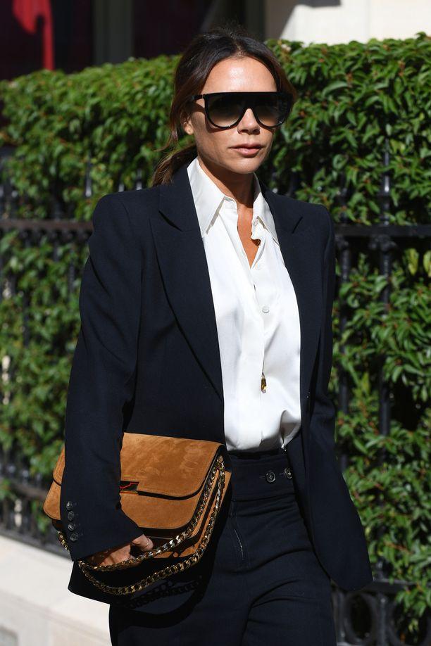 Muoti-ikoni Victoria Beckham kuvattiin viime syyskuussa Ranskassa.