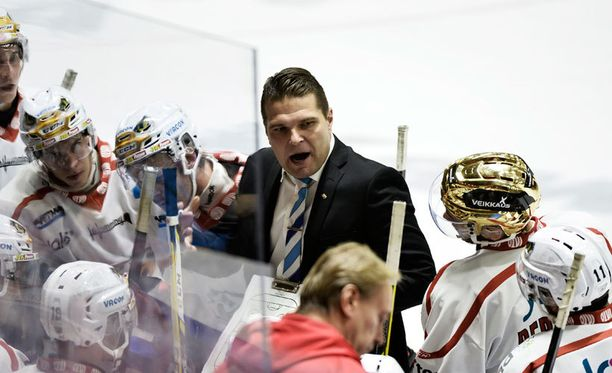 Tomek Valtosen valmentama Sport hävisi Ässille 1-4 Porissa.