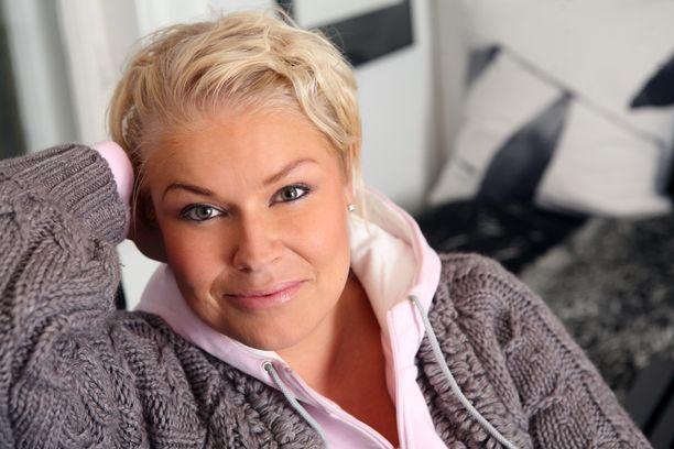 Radiotähti Minna Kuukka pelkää kuollakseen pellejä.