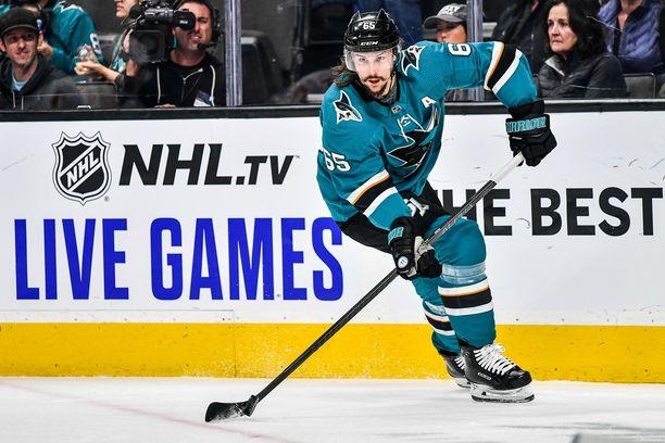 San Jose Sharksia edustava Erik Karlsson on kiinnostunut MM-kisoihin osallistumisesta.