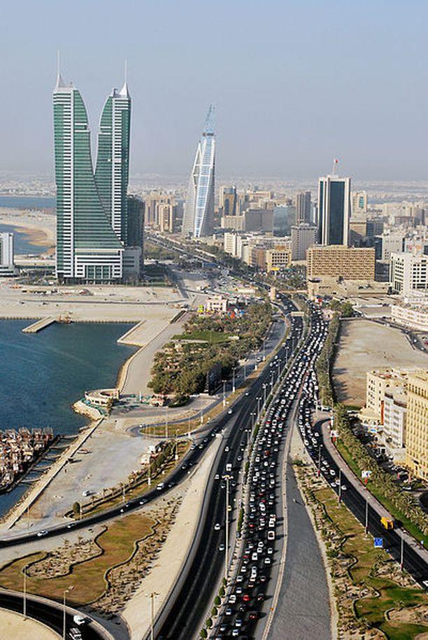 Bahrain pääkaupunki Manaman (kuvassa) itäpuolella sijaitsevasta vankilasta pakeni 17 vankia perjantaina.