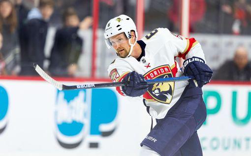 """Harvinaisesta sairaudesta kärsivä NHL-veteraani epäröi paluuta kaukaloon: """"En tiedä, miten kehoni reagoi, jos saan viruksen"""""""
