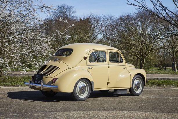 Renault 4CV eli Ryppypeppu.