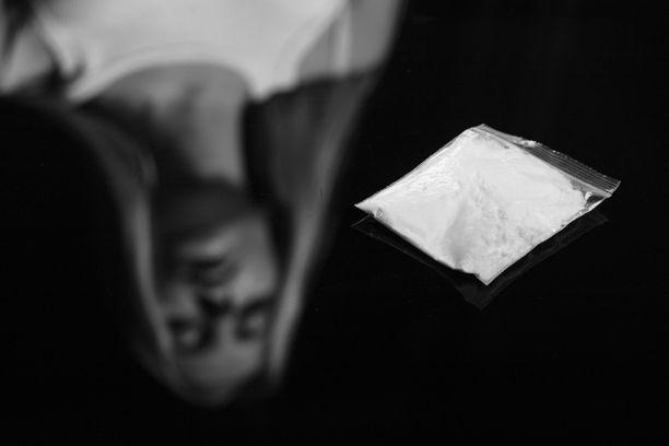 THL:n professorin mielestä huumeiden käytöstä ei pitäisi rangaista. Kuvituskuva.