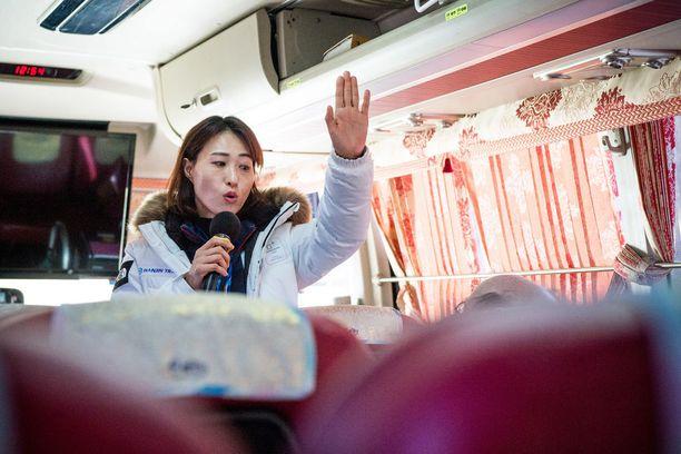 Eteläkorealainen Sonia Shin toimi Iltalehden oppaana Pohjois-Korean rajalla.
