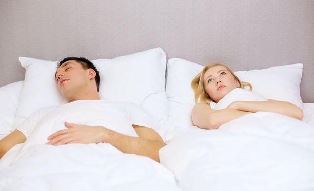 Uusissa parisuhteissa piereskely saattaa olla ongelma.