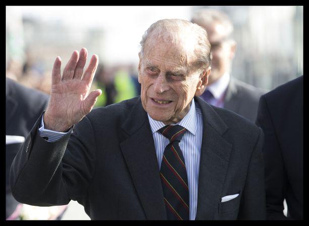 97-vuotias prinssi Philip on innokas autoilija.
