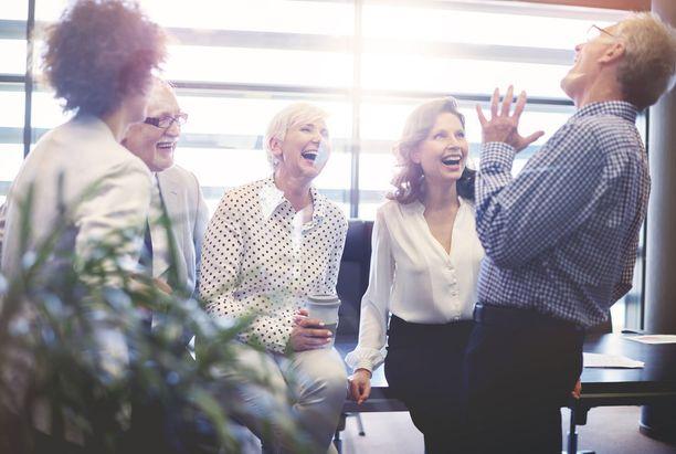 Nauraminen tekee hyvää ja rentouttaa.