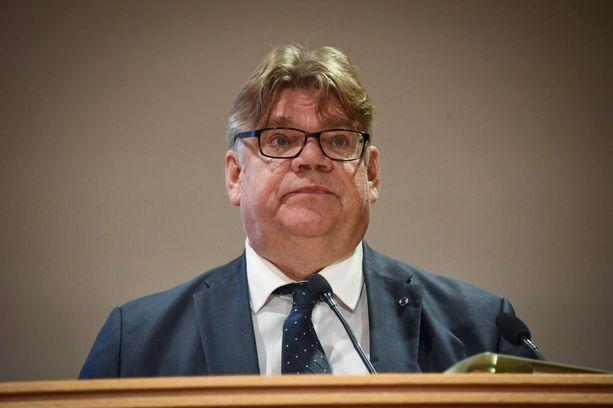 Ulkoministeri Timo Soini puhui maanantaina suurlähettiläille Helsingissä.
