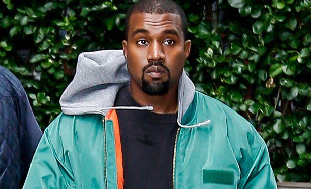 Kanye West on kokenut hermoromahduksen lyttyyn haukutun muotishown jälkeen.