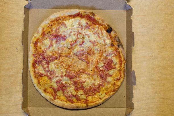 Poliisin harmaan talouden tutkimusryhmän mukaan alle kuuden euron pizza on epäilyttävä kulutushyödyke. Kuvituskuva ei liity tapaukseen.