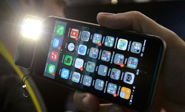 Iphonelle tarkoitettua kameravaloa esitellään CES-messuilla.