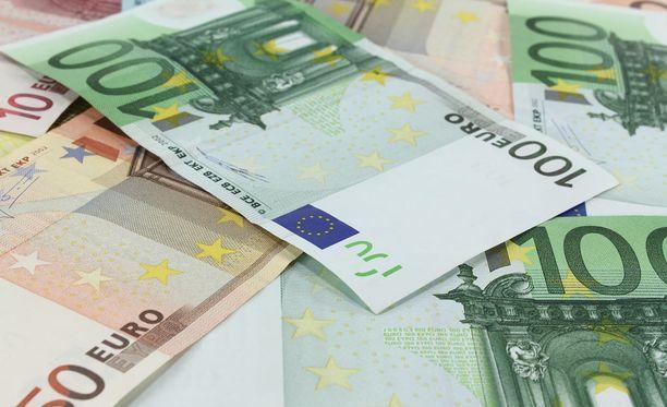 Epäillyillä rikoksilla on poliisin mukaan vältetty veroja ja työeläkevakuutusmaksuja noin 4,6 miljoonan euron edestä. Kuvituskuva.
