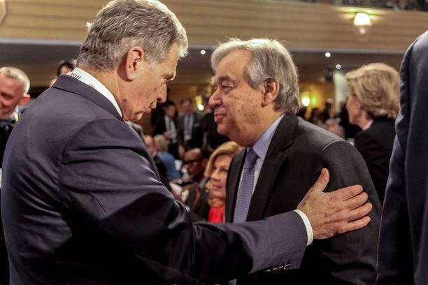 Niinistö ja YK:n pääsihteeri, portugalilainen António Guterres lauantaina.