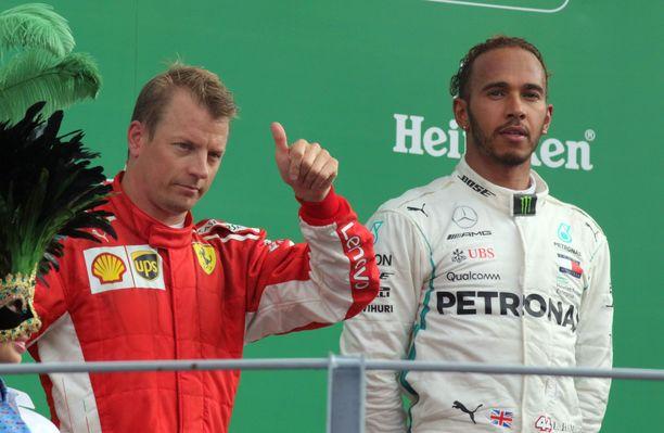 Kimi Räikkönen joutu Italiassa tyytymään kakkospaikkaan Lewis Hamiltonin takana.