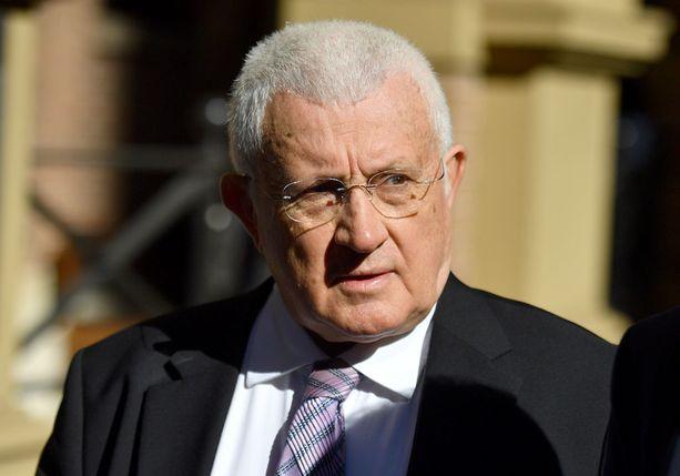 Ron Medich lähtemässä oikeudesta Sydneyssa huhtikuussa. Hän aikoo valittaa tuomiostaan.