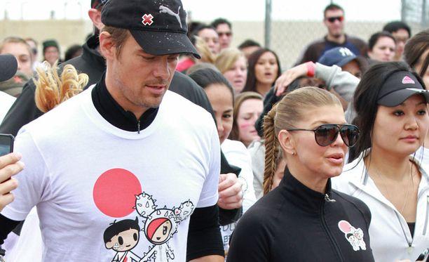 Myös Josh Duhamel ja Fergie osallistuivat hyväntekeväisyysjuoksuun.