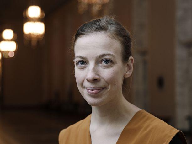 Opetusministeri Li Andersson (vas) on opetus- ja kulttuuriministeriön päällikkö.