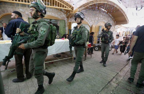 Israelin sotilaita partiossa Länsirannalla. Kuvituskuva.