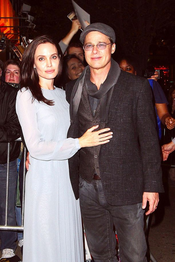 Kymmenen vuotta yhdessä ollut pariskunta näytteli toista kertaa yhdessä Jolien ohjaamassa ja käsikirjoittamassa By The Sea -elokuvassa.