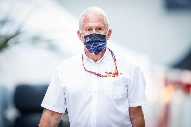 Red Bullin Helmut Marko valmistautui kuljettajamuutoksiin.