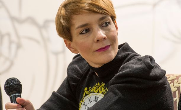 """Maria Veitolaa yritettiin sinnikkäästi """"pehmentää"""" talk show'taan varten."""