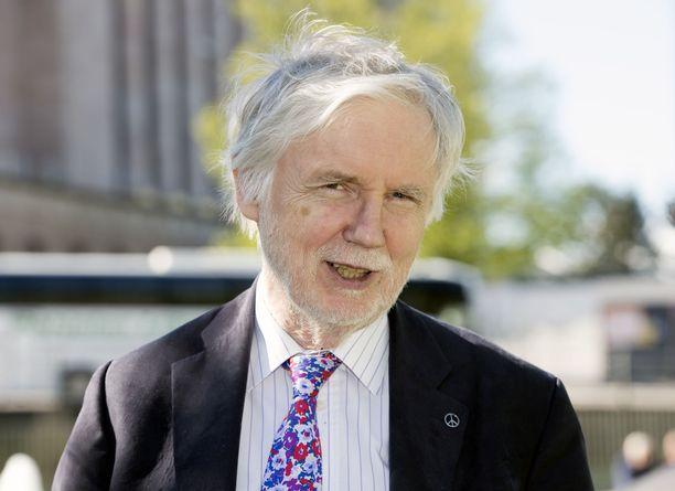 Kansanedustaja Erkki Tuomioja haluaisi yhdistää SDP:n ja vasemmistoliiton.