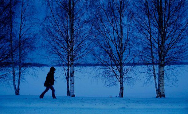 Kaamosmasennuksen oireet voimistuvat tavanomaisesta masennuksesta poiketen iltapäivisin.